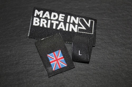 Neck and woven labels